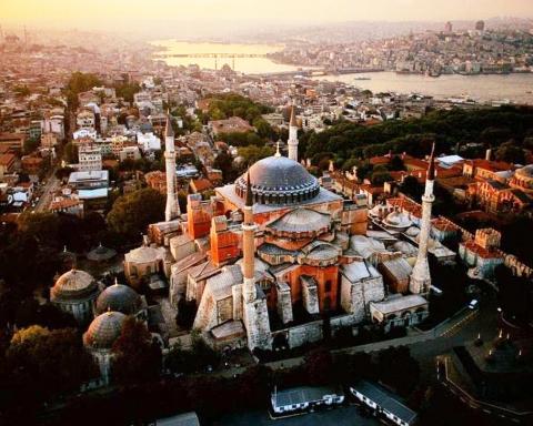 Konstantinoupolis-guide