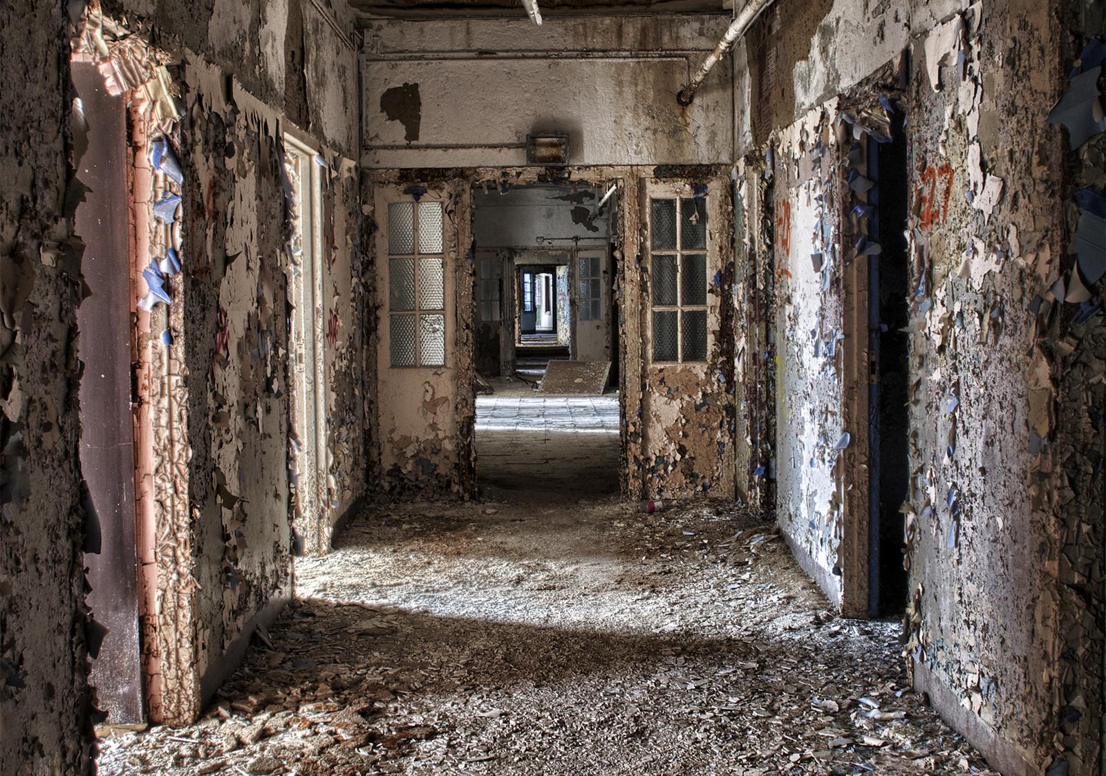 _long-hallway