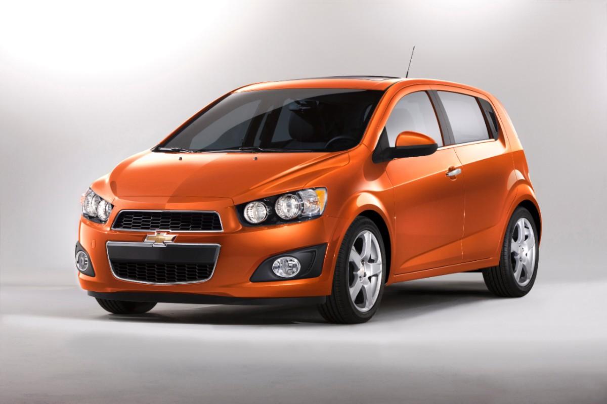2013-chevrolet-sonic-hatchback_100400929_h