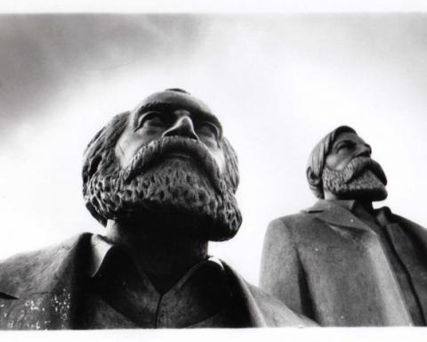 Karl-Marx-e1413879355952